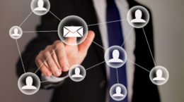 53083288 - email marketing